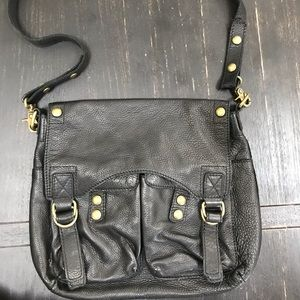 Andrew Marc New York crossbody leather bag